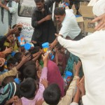 pakistan-food-supplement-distribution-2013-07